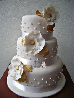 Wedding Cake - by ArturCabral @ CakesDecor.com - cake decorating website