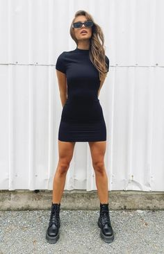 Camille Rib Backless Dress Black – Beginning Boutique Dress With Sneakers, Dress With Boots, White Sneakers, Dress With Converse, Dresses With Vans, Mode Dope, Look Fashion, Fashion Outfits, Look Girl