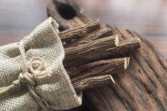 Halitosis, Camomille Romaine, Carbonate De Calcium, Sore Throat, Herbal Medicine, Herbalism, Reusable Tote Bags, Herbs, Crochet