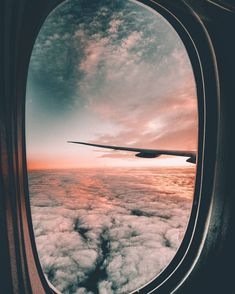 Beach Pictures, Travel Pictures, Travel Photos, Beach Pics, Airplane Photography, Travel Photography, Film Aesthetic, Silhouette Art, Aesthetic Iphone Wallpaper