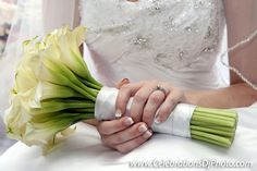A nice, simple, and eloquent #WeddingBouquet :) #weddingphotography #lehighvalley #berkscounty #centralpa #poconos #celebrationspa #details www.celebrationsdjphoto.com