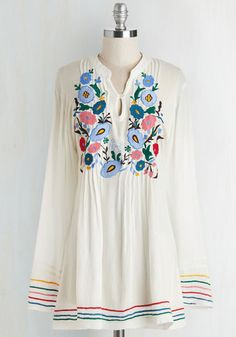 Makes it Look So Breezy Tunic. Inspire awe with your effortless bohemian style in this long, white top. #white #modcloth