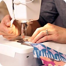 Five Quilting Follies to Avoid - Ann Peterson & Amy Gibson offer tips to Craftsy visitors. Quilting Blogs, Free Motion Quilting, Quilting Tutorials, Quilting Projects, Quilting Designs, Sewing Tutorials, Sewing Crafts, Sewing Projects, Quilting Ideas