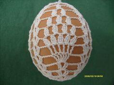 Crochet Placemats, Egg Crafts, Crochet Snowflakes, Easter Crochet, Thread Crochet, Chrochet, Knit Patterns, Fiber Art, Easter Eggs