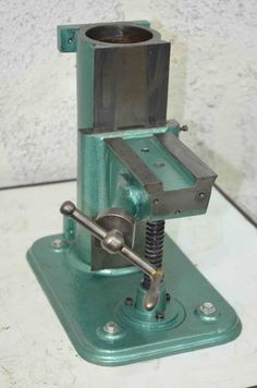 Home made horizontal milling Lathe Tools, Metal Tools, Cnc Lathe, Horizontal Milling Machine, Metal Working Machines, Homemade Machine, Home Workshop, Metal Shop, Homemade Tools