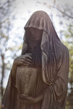 lakeview cemetery, that would be cool to hold a cremation urn Cemetery Monuments, Cemetery Statues, Cemetery Headstones, Old Cemeteries, Cemetery Art, Angel Statues, Graveyards, Lakeview Cemetery, Cemetery Angels