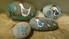 Bemalen Sie mit den Kindern Steine
