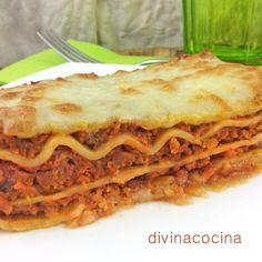 Boloñesa clásica: 1 caja de placas de lasaña, 500g de carne de añojo picada, 50g de beicon, 50g de mantequilla, 50g de queso rallado, 1dl de aceite de oliva ...
