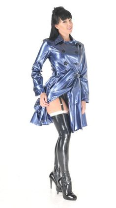 Mode Latex, Rubber Dress, Latex Lady, Stockings And Suspenders, Latex Girls, Latex Dress, Sexy Latex, Raincoats For Women, Satin Blouses