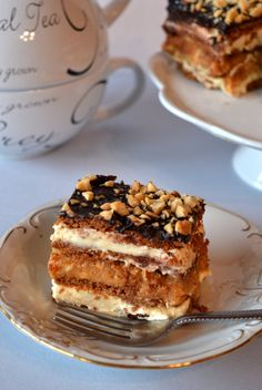 Obłędne ciasto Snickers - bez pieczenia Sweet Recipes, Cake Recipes, Polish Recipes, I Love Food, No Bake Cake, Cupcake Cakes, Food And Drink, Cooking Recipes, Favorite Recipes