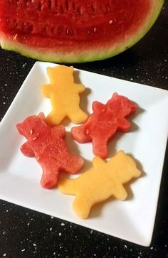 These refreshing melon teddies are a fun and simple way to serve melon to your kids. They are made using a teddy bear shaped cookie cutter, but you can use any shaped cutter you like. You can also put these in the freezer for a healthy, frozen summer snack.
