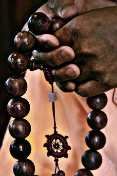 "buddhabe Mala ""Prayer beads, or japa malas, are used in many forms of Mahaya. buddhabe Mala ""Prayer beads, or japa malas, are used in many forms of Mahaya… buddhabe Mala Buddha Zen, Buddha Buddhism, Buddhist Prayer, Buddhist Art, Mantra, Mahayana Buddhism, Meditation, Spiritus, Tibet"