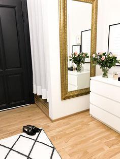Carpet Tiles Layout - Carpet Handmade How To Make - Carpet Art Kids - Berber Carpet Lowes - Grey Carpet Hallway, Basement Carpet, Carpet Stairs, Carpet Tiles, Hall Carpet, Carpet Flooring, Pink Carpet, Brown Carpet, White Carpet
