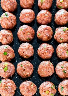 These Sweet and Spicy Korean Meatballs will change your life. They're made with lean beef, flavored with garlic and Sriracha sauce, baked without the hassle of frying and glazed with a spicy apricot glaze. Asian Recipes, Beef Recipes, Cooking Recipes, Healthy Recipes, Ethnic Recipes, Meatball Recipes, Easy Recipes, Healthy Food, Coconut Butter Recipes