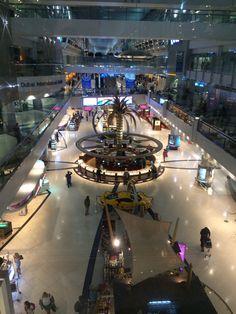 Dubai International Airport (DXB) مطار دبي الدولي this is an airport?! What an airport !!!!