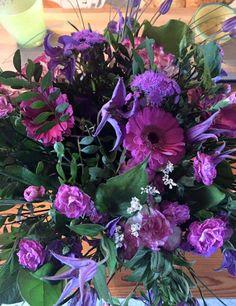 Send blomster - Dagens buket - florsitens eget designAarstidens Blomster