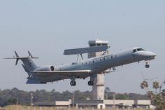 """O """"avião-radar"""" E-99 pode localizar aeronaves a cerca de 400 km de distância (FAB)"""