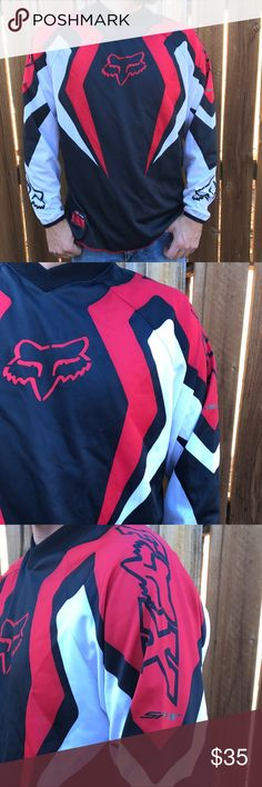 Fox 🦊 Long Sleeve Racing Jersey Fox 🦊 Motocross 🏍Jersey. Excellent condition 👌. 💯polyester Size Large Fox Shirts