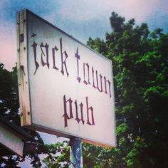 Who's been to #LBR Local Top Pick Jack Town Pub on historic Rt. 40 near Buckeye Lake? One heck of a unique place dishing up breakfast, lunch and dinner. Sit outside and enjoy their great deals and daily specials. Ask about Weiner World Wednesdays: really cheap dogs, topped how you want it. #Jacksontown #BuckeyeLake #Ohio #TravelLocal #LoopBackroads