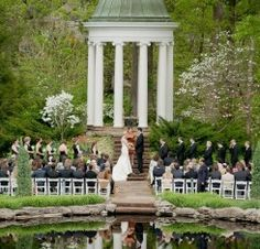 Featured Are Our White Resin Chairs From Party Pro S Philbrook Museum Weddings Tulsa Wedding Venues