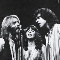 "Andrew Gold Interview with Mike Botts on Linda Ronstadt and the hit ""Lonely Boy."" by Andrew Gold Music on SoundCloud Linda Ronstadt, Pop Singers, Female Singers, Andrew Gold, Lewis And Clark, American Music Awards, Golden Girls, Country Singers, Theme Song"