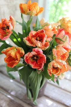 Parrot tulips by Erin Benzakein / Floret Flower Farm, via Flickr