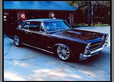 "The very popular Camrao A favorite for car collectors. The Muscle Car History Back in the and the American car manufacturers diversified their automobile lines with high performance vehicles which came to be known as ""Muscle Cars. 1965 Gto, 1965 Pontiac Gto, Pontiac Lemans, Pontiac Cars, Exotic Cars For Sale, Luxury Cars For Sale, Best Muscle Cars, American Muscle Cars, Street Rods For Sale"