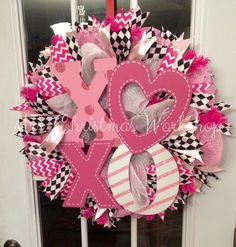 Pink black and white xoxo heart glitter by MrsChristmasWorkshop