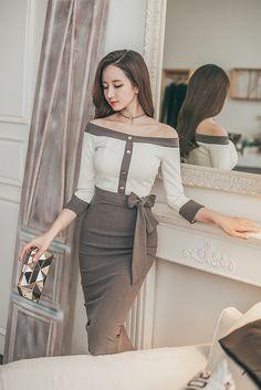 Korean Fashion Dress, Hijab Fashion, Fashion Dresses, Elegant Dresses, Cute Dresses, Wedding Dresses With Flowers, Womens Cocktail Dresses, Petite Fashion, Classy Outfits