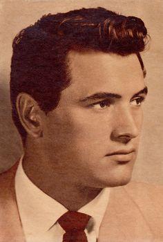 ROCK HUDSON actor 1950's New Screen News (Australia) sepia pin-up clipping. (minkshmink collection)