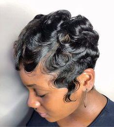 It's her Birthday Slay. Dope Hairstyles, My Hairstyle, Cute Hairstyles For Short Hair, Curly Hair Styles, Natural Hair Styles, Hairstyles Videos, Simple Hairstyles, Bandana Hairstyles, School Hairstyles