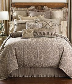 Bedding Collections & Sets : Comforters & Bedding Sets | Dillards.com