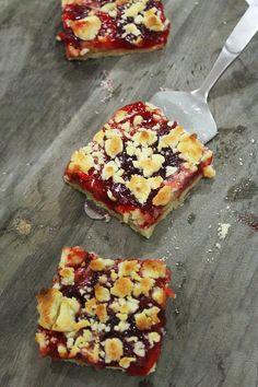 strawberry jam crumble tart