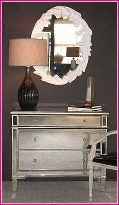 Wholesale Decorators Market Stunning Borghese Mirrored Chest. http://wholesaledecoratorsmarket.com/shop/product_info.php/products_id/6414