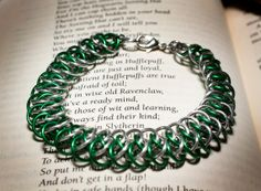 Hogwarts Collection  Arkham Chainmaille Bracelet  Slytherin by HowlOwl on Etsy. Harry Potter