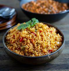 Coconut rice- Västafrikanskt kokosris - ZEINAS KITCHEN Veggie Recipes, Vegetarian Recipes, Cooking Recipes, Zeina, Coconut Rice, Greens Recipe, Rice Dishes, Healthy Baking, Food Inspiration