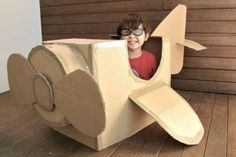 Tinker with Kids – 16 fun, easy DIY projects and activities - How To Crafts Cardboard Playhouse, Cardboard Crafts, Diy For Kids, Crafts For Kids, Diy Crafts, Josi, Diy Bebe, Kids Playing, Activities For Kids