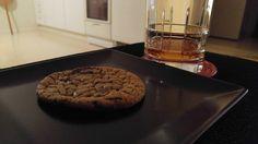 chocolate chip cookie [3718x2092] http://ift.tt/2Bp2RcM