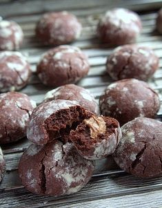 Ciastka thumbprint -świąteczne wypieki-blog kulinarny-codojedzenia.pl Cannoli, Sweet Life, Chocolate Cookies, Truffles, Baked Goods, Sweet Tooth, Muffin, Good Food, Cooking Recipes