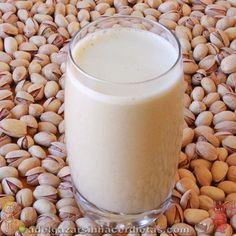 Receta saludable de LECHE DE PISTACHOS baja en calorías y colesterol, apta para diabéticos, veganos, celíacos e intolerantes a la lactosa. LECHES VEGETALES. COCINA FÁCIL Y SANA. ¡INCLUYE VIDEO!