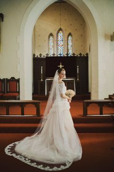All you need to know about different types of wedding veils you can get, what they suit and how you should decide...