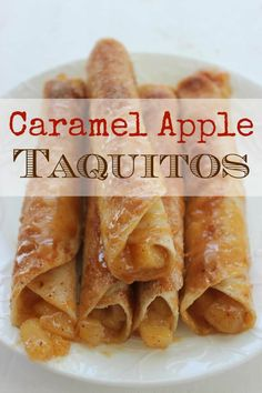 These Caramel Apple Taquitos are easy to make. Simply heat your tortillas, fill with caramel and apple pie filling, roll, and top with sugar and spices. Bake for 15 minutes and you will have a warm, gooey fall dessert that your entire family will love. Tortilla Dessert, Homemade Apple Pies, Apple Pie Recipes, Sweet Recipes, Köstliche Desserts, Delicious Desserts, Yummy Food, Taquitos Recipe, Chicken Taquitos