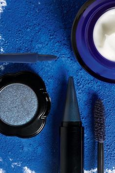 L'Occitane Immortelle Precious Night Cream, Make Up For Ever Smoky Lash Couleur Dark Blue, Sephor Yves Klein Blue, Make Me Up, How To Make, Best Night Cream, Rhapsody In Blue, Kohl Eyeliner, Too Faced, Beauty Industry, Diy Skin Care