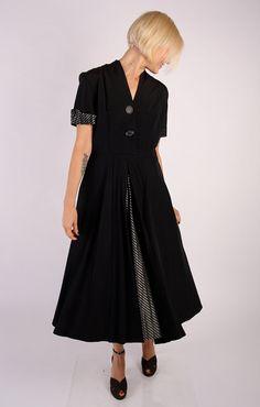 1940s Dress // vintage 40s rayon // Grand Hotel by dethrosevintage, $132.00