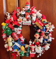 "Vintage Wooden Christmas Ornament Wreath 11"" Handmade OOAK Kitschy Cute Wreath B"