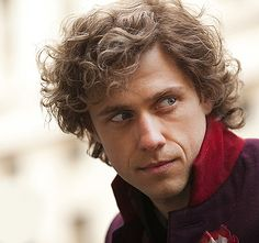 why. why is Aaron Tveit so beautiful.