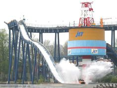 Storm force at Drayton Manor. This ride has another drop that goes backwards!