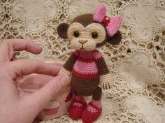 Hilo crochet mono muñeca Cupcake por CrochetTeddyBears en Etsy