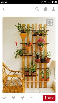 100 Beautiful DIY Pots And Container Gardening Ideas - Diy Garden Decor İdeas Diy Gardening, Container Gardening, Balcony Gardening, Organic Gardening, Flower Gardening, Gardening Courses, Gardening Vegetables, Jardiniere Design, Plant Shelves