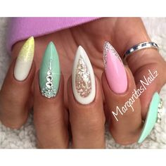awesome Stiletto Nails by MargaritasNailz from Nail Art Gallery Sexy Nails, Dope Nails, Glam Nails, Fancy Nails, Beauty Nails, Pointy Nails, Stiletto Nail Art, Coffin Nails, Acrylic Nails